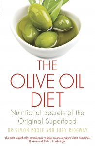 Front cover of The Olive Oil Diet